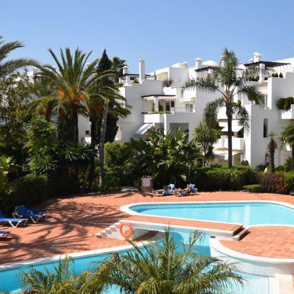 03 Alhambra del Mar – luxury apartments & penthouses located directly on Marbella`s Golden Mile
