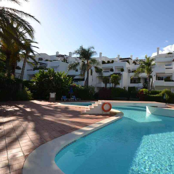 05 Alhambra del Mar – luxury apartments & penthouses located directly on Marbella`s Golden Mile