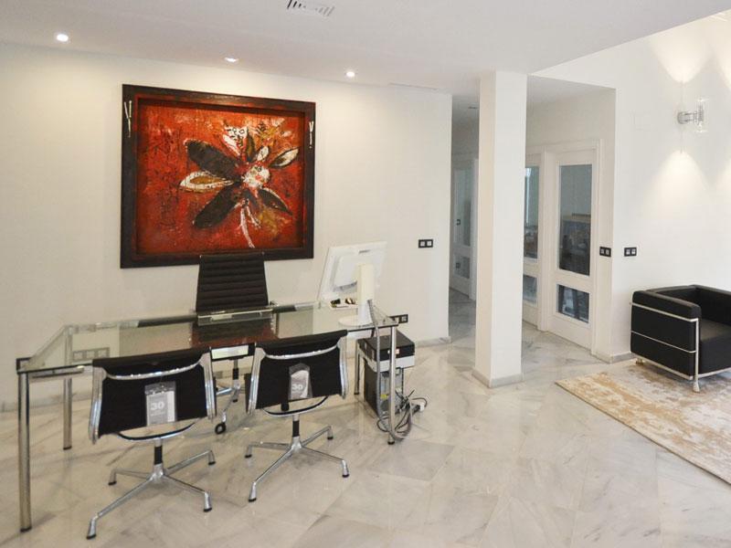 02 Henger Immobilien Real Estate in Marbella, Costa del Sol