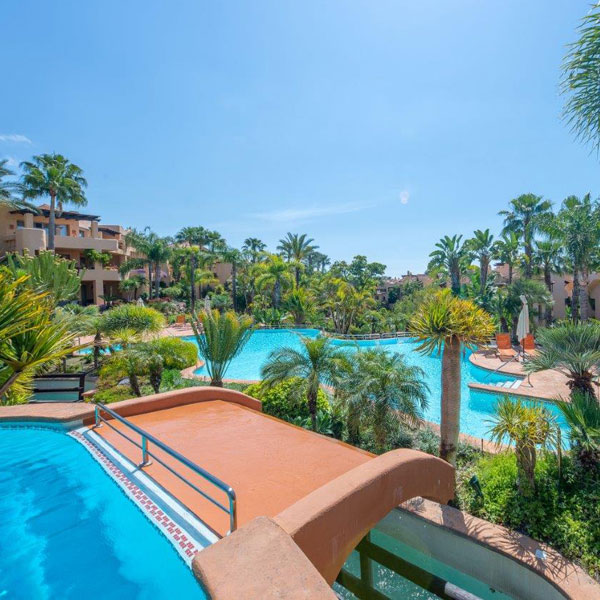 01 Mansion Club – a luxury complex located in the area of Sierra Blanca, Marbella